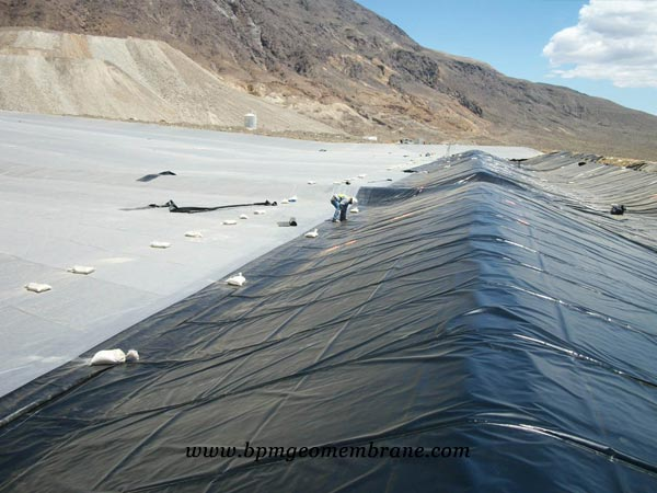 smooth geomembrane liner for Solid Waste Landfills in Thailand